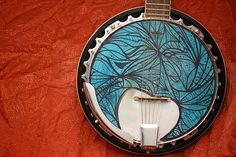i wish i played the banjo so i could have an instrument this pretty
