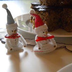 Erika konyhája: CSOKIS-BANÁNOS KEVERT SÜTEMÉNY - TOJÁS NÉLKÜLI ÉDESSÉG Vegan, Christmas Ornaments, Holiday Decor, Christmas Jewelry, Christmas Decorations, Vegans, Christmas Decor