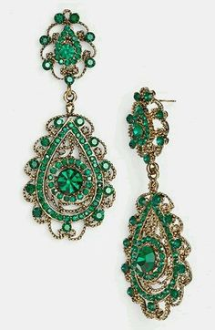 "Emerald ""green with envy"" chandeliers"