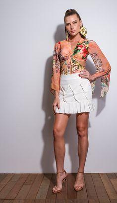 Strend, Moda feminina, roupa casual, vestidos, saias, mulher moderna