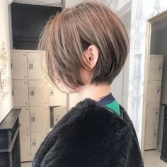 Kpop Short Hair, Short Hair Cuts, Short Hair Styles, Short Bob Haircuts, New Haircuts, Pixie Cut Color, I Heart Hair, Haircut And Color, Shoulder Length Hair