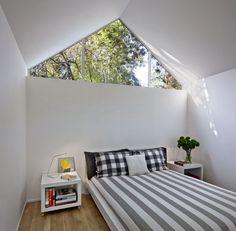 this window / IKEA linens in bedroom of Berkeley cottage by Turnbull Griffin Haesloop.