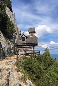 3 Tage in der Region Schladming-Dachstein - Tipp von christine unterwegs Cabin, Mansions, House Styles, Mountain, Scenery Photography, Hiking Trails, Bavaria, Vacation, Viajes