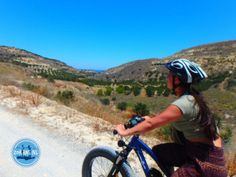 Electric cycling in Greece: During a cycling holiday in Greece you cycle through the impressive nature and get acquainted with the culture. Electric Mountain Bike, Cycling Holiday, Greece Holiday, Together We Can, Walking In Nature, Long Distance, The Locals, Mountain Biking, Beautiful Places