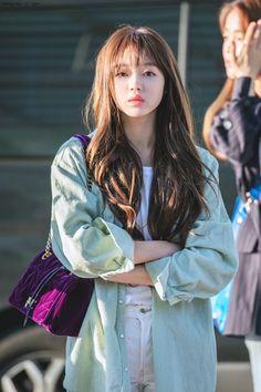 Cherry's Box ? Kpop Girl Groups, Kpop Girls, Girl Crushes, K Pop, Fashion Models, Girl Fashion, Oh My Girl Yooa, Kpop Girl Bands, Korean Makeup Look