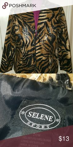 🌟BOGO PROMO🌟 Plus size jacket,   Size 20 🌟BUY 1 GET 1 FREE🌟  APPLIES TO ALL ITEMS IN MY CLOSET THAT SAY *BOGO PROMO*. NO OFFERS OR BUNDLED DISCOUNTS WILL BE ACCEPTED FOR THIS PROMOTION.  (JUST MESSAGE ME THE FREE ITEM YOU WOULD LIKE ADDED WITH YOUR PURCHASE).  Plus size jacket,   animal print. Great addition to any outfit.   Wear casually with jeans or LIKE ME over cream tank and black pencil skirt. ??  Zip front w/pockets. Size 20 Jackets & Coats Blazers