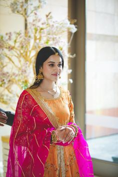 Indian Bridal Outfits, Indian Bridal Fashion, Indian Fashion Dresses, Dress Indian Style, Indian Gowns, Indian Designer Outfits, Bridal Dresses, Designer Party Wear Dresses, Kurti Designs Party Wear
