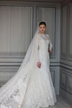 Lace Long-Sleeved Wedding Dresses