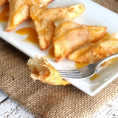 Caramel Banana Wontons Recipe Desserts, Lunch with bananas, coconut ...