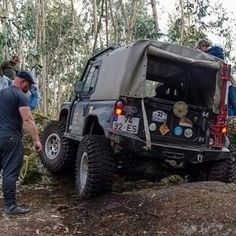 Land Rover 88 Serie III Soft top canvas Safari top by Santana Motor Factory under Licence. Spain.  Lobezno