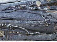 Tips para el cuidado de los jeans.  Cuando laves ropa con cierres como pantalones vaqueros, chamarras, faldas y pantalones cortos, recuerda cerrar las cremalleras, así se mantendrán en mejor estado y no lastimarán tus manos o la lavadora.  #tips, #cuidadodelaropa, #jeans, #tipscuidadosropa