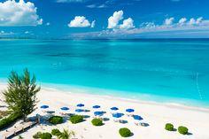 Grace Bay - Providenciales (Islas Turcas y Caicos) Honeymoon Vacations, Dream Vacations, Vacation Spots, Honeymoon Ideas, Family Vacations, Places To Travel, Travel Destinations, Places To Go, Destin Beach