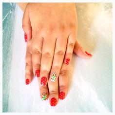 Guindas deliciosas, nail art en rojos