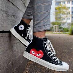 Retro Fashion Vintage Style Shoes for Women Fashion Mode, Retro Fashion, Fashion Shoes, Mens Fashion, Fashion Vintage, Style Fashion, Nike Fashion, Fashion Dresses, Cdg Converse