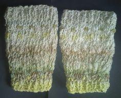 Leg ankle warmers 100%  hand spun merino wool solar plant dyes iskapie fits all #iskapie #anklelegwarmers