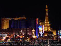 Google Image Result for http://www.lasvegasphotoimages.com/las-vegas-night/images/Las-Vegas-Strip-Night.jpg