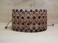 Positive vibes jewelry Agate macrame bracelet by LumiLightAngelArt