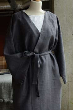 A collection of luxurious pure linen kimono robes in black, white, charcoal, blush pink or deep cobalt blue. One size, suitable for men or women. Made in the UK. Bed Company, Bath Robes, Linen Suit, Cobalt Blue, Linen Bedding, Blush Pink, Dress Up, Black White, Colours