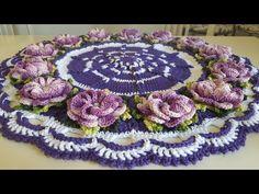 Centro de Mesa Ultra Violeta a Cor do Ano - YouTube Crochet Mandala, Crochet Flower Patterns, Crochet Doilies, Crochet Flowers, Knitting Patterns, Crochet Home Decor, Crochet Crafts, Crochet Projects, Crochet Table Runner