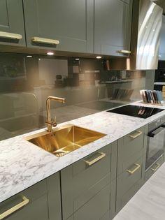 AUBO Trend Nordic kjøkken Ikea Kitchen Remodel, Interior Design Kitchen, Backsplash, Kitchen Cabinets, Home Decor, Minimalism, Kitchen Modern, Decoration Home, Room Decor