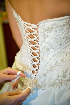 Originally, women wore a corset as an undergarment; the corset was used to train the waistline into an smaller circumference. Today, women wear corsets as fashionable outerwear, with or without the intention of creating a slimmer waistline. Corset Back Dress, Diy Corset, Lace Corset, Corset Dresses, Underbust Corset, Sewing Clothes, Diy Clothing, Dress Alterations, Bridal Alterations