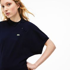 A new look at the Lacoste polo in solid mini piqué with a destructured side collar and kimono sleeves. Stand out with this slim, revisited classic. Lacoste Clothing, Lacoste Polo, World Of Fashion, Women's Fashion, New Look, Polo Ralph Lauren, Clothes For Women, Sleeves, Mens Tops