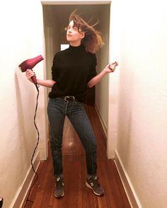 Dakota Johnson as Steve Jobs on Halloween night -... -