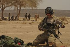 air force pararescue training | United States Air Force PararescueA U.S. Air Force pararescueman from ...