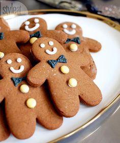Easy bake gingerbread guys {PHOTO: Janis Nicolay}