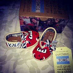 I Painted some Tiny Baby Toms today! Even made the Bow:) They turned out so precious!