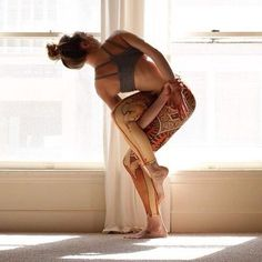 what a pose of #hot yoga !!