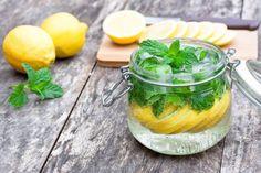 Cómo hacer unambientador con ingredientes naturales