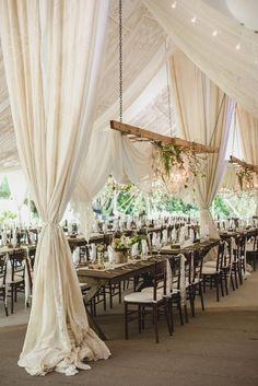 Wedding reception idea; Hannah Woodard Photography