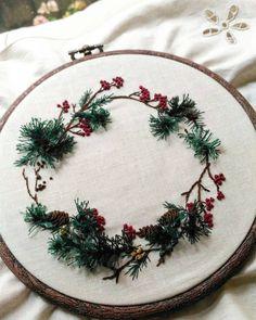 Taiwan 王瓊怡 #broderie#ricamo#embroidery#bordado#handembroidery#needlework #hearts #love #rose#刺繡#手仕事のある暮らし#embroidery #花 #Embroidery#stitch#needlework #프랑스자수#일산프랑스자수#자수#자수브로치#자수타그램#자수소품 #자수브로치