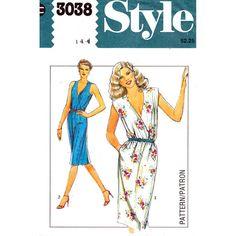 Womens Dress Pattern Style 3038 Bust 36 by finickypatternshop