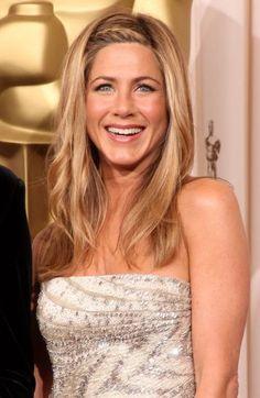 """A franja trançada é ideal para quem não abre mão de usar os cabelos soltos.  (Mais em """"21 penteados com tranças"""")"""
