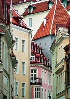 The cultural heartbeat of Estonia, Tallin combines ancient gothic architecture…