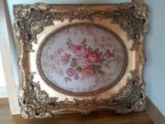Vintage Antqiue Ornate Gold Carved Gesso Oval Frame