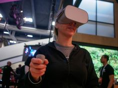 Oculus is finally letting people touch the upcoming Go headset, and it's pretty great.