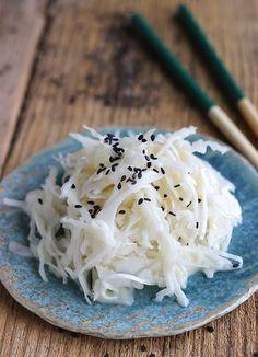 """Fameuse salade de chou """"japonaise""""... qui n'a en réalité rien à voir avec le Japon !"""
