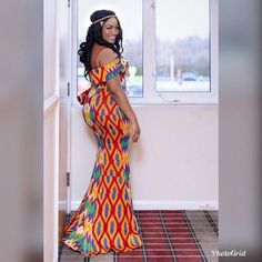 Ankara Xclusive: Kente Styles New Kente Designs For Ladies in African 2018 Trendy Ankara Styles, Kente Styles, Ankara Gown Styles, Ankara Gowns, Dress Styles, African Wedding Attire, African Attire, African Wear, African Dress