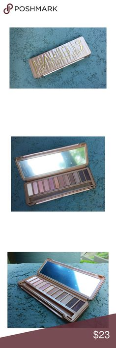 Urban Decay Naked 3 Palette Here is a gorgeous palette that I hardly used. Don't really want to let it go, but it needs a better home. I sanitize all of my products from my kit as a working artist. The protective film is still on the mirror, but there are cosmetic blemishes. Be good to it. 🌸👄 Note - original packaging and brush not available. Sorry about that. 🙄 Urban Decay Makeup Eyeshadow