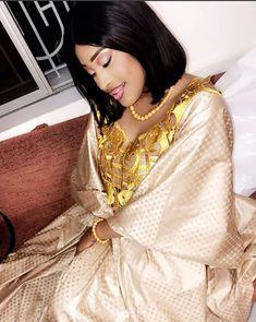 ( 23 Photos ) Sagnse à couper le souffle de la charmante Esther Ndiaye ex animatrice de la TFM, dans les… – Dakarbuzz