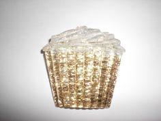 Glitter-Cupcake-Brosche von Delirium's Realm auf DaWanda.com