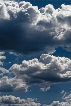 Blue Sky Photography, Aesthetic Photography Nature, Nature Photography, Aesthetic Drawing, Sky Aesthetic, Aesthetic Backgrounds, Photo Backgrounds, Sky Gif, Moving Clouds