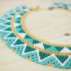Collier perles OKAMA TURQUOISE Triangles ethique