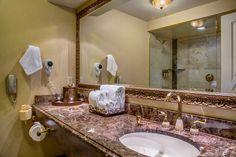 Davenport Deluxe Bathroom with Shower