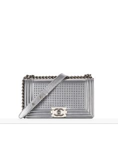 The latest Handbags collections on the CHANEL official website Latest Handbags, Chanel Handbags, Fashion Handbags, Chanel Bags, Sac Boy, Chanel Le Boy, Chanel 2017, Chanel Resort, Chanel Official Website