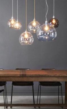 binnenkijken bij openthedoor123 - Rowan hanglampen hang je samen in verschillende kleuren en maten voor het mooiste effect