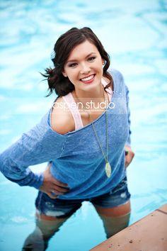 pool-senior-pictures